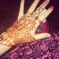 I'm bringing back a huge box of henna :D